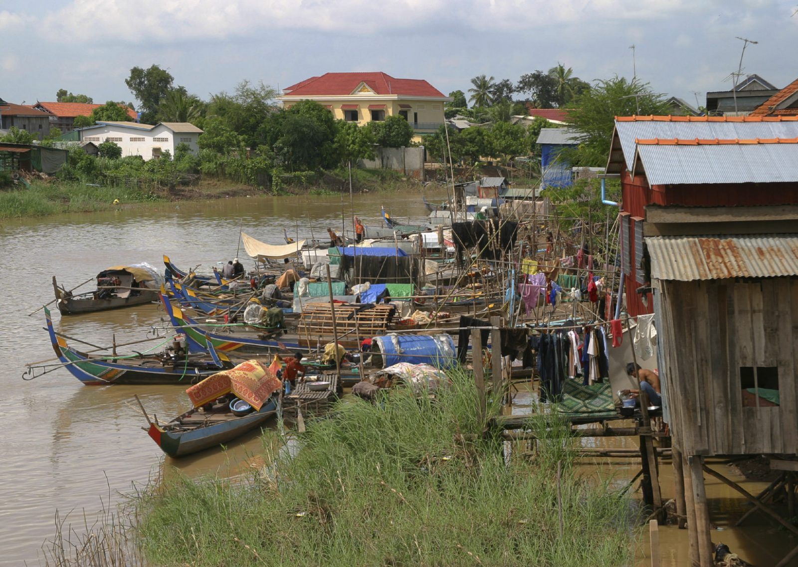Kratie Cambodia  city photo : ... rough looking tin roof houses by the Mekong River of Kratie, Cambodia
