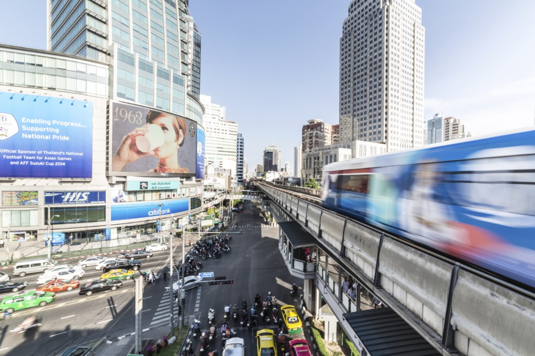 """bangkok dating scene Bangkok is one of the most popular tourist destinations in the world because thailand has so much to offer here are 10 reasons why brothas should travel to thailand and experience """"the land of smiles""""."""